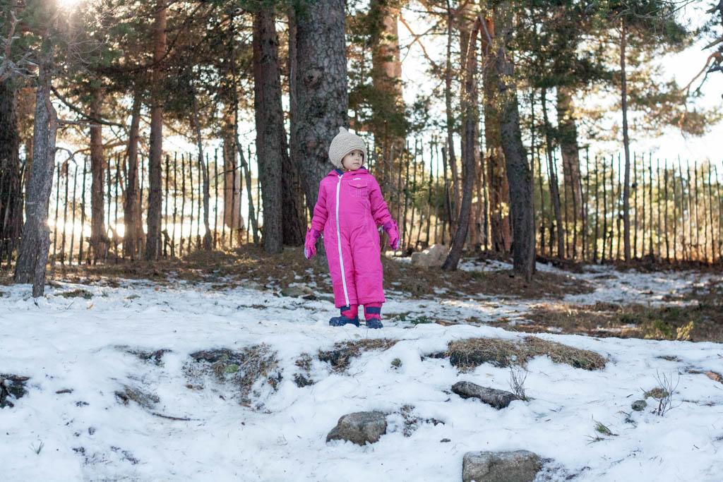 No habia mucha nieve pero pudimos tirarnos algunas bolas