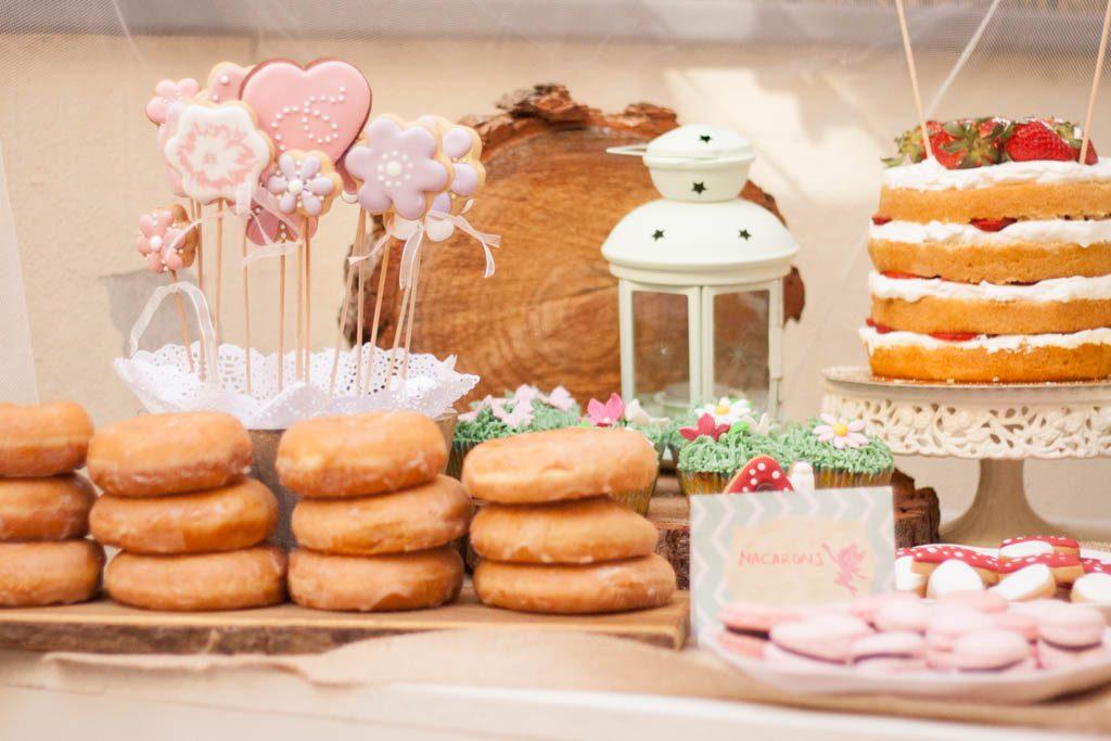 mesa dulce para fiesta de hadas