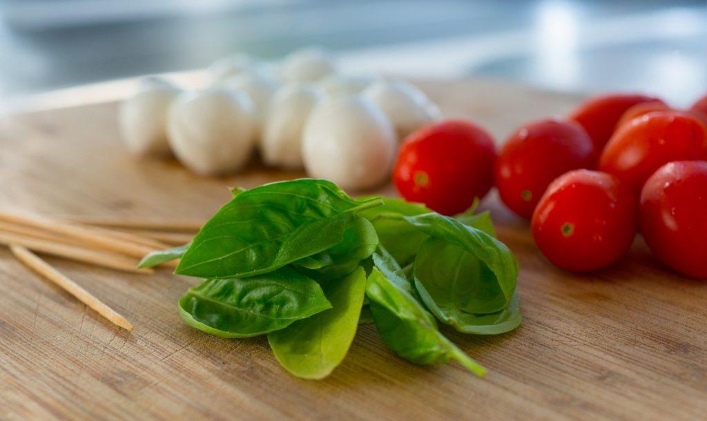 alimentacion saludable para niños con la dieta mediterranea