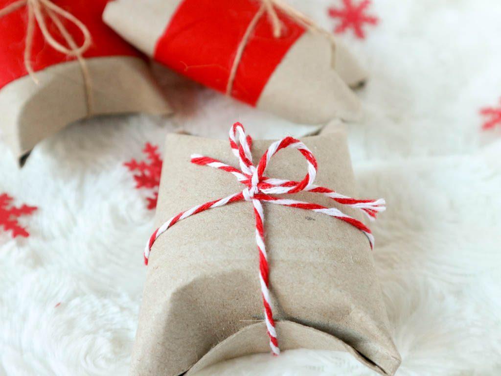 detalle de cuerda en caja de regalo