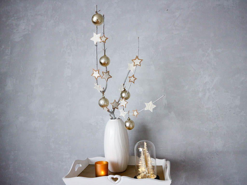 Como hacer un arbol de navidad original con unas ramas de - Hacer arbol de navidad original ...