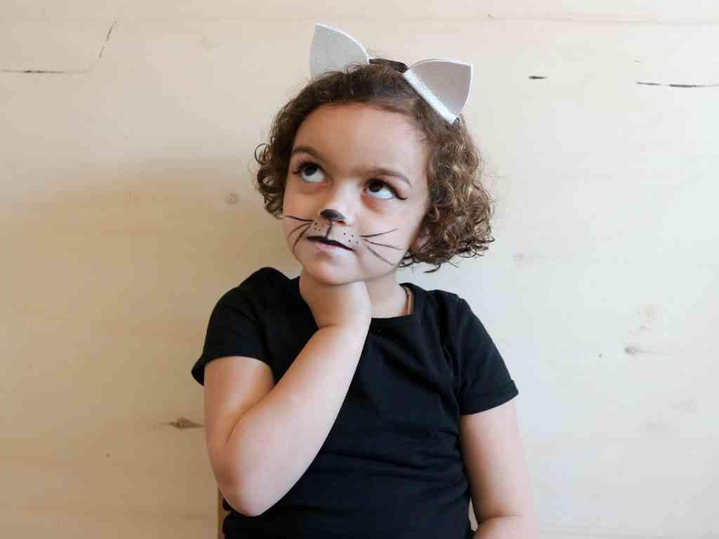 maquillaje de gato para niños